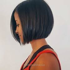 wedge haircut with stacked back dark sleek bob haircut no stacked back no angle haircuts bobs