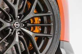 nissan gtr tire size 2017 nissan gt r first look review motor trend