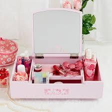 Dressers For Makeup Best 25 Makeup Dresser Ideas On Pinterest Makeup Desk Bedroom