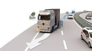 future mercedes truck mercedes benz future truck 2025 demonstrates autonomous technology