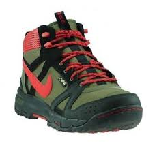 buy nike boots malaysia nike boots winter shoes rongbuk acg tex boots outdoor