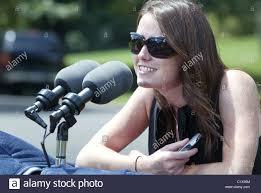 press escort katie hogan president obama departs on vacation in