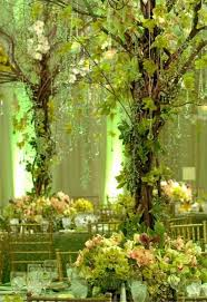 create this enchanting with our garland glass