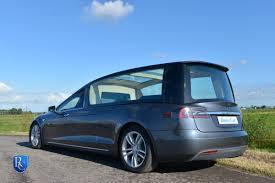 Tesla Minivan De Remetz Tesla S Begrafeniswagen