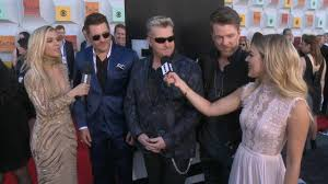 dierks bentley wedding rascal flatts weigh in on dierks bentley u0026 luke bryan e news