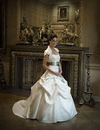 wedding dresses london places to find your wedding dresses in london