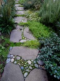 Walkway Ideas For Backyard by 29 Garden Pathway Pebble Mosaic Ideas For Your Home Surroundings
