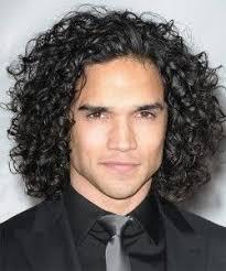 coupe de cheveux homme fris cheveux frisé homme