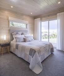 Small Bedroom Window Ideas - best 25 window above bed ideas on pinterest small window