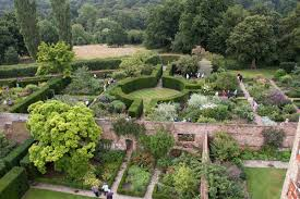 Most Beautiful English Castles Sissinghurst Castle Garden Wikipedia