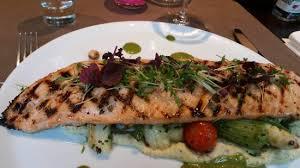 lea cuisine saumon grillé picture of le rendez vous de lea herstal tripadvisor