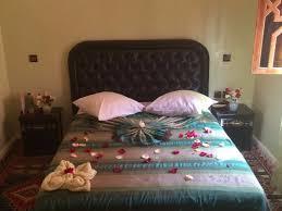 chambre d amoureux accueil royal dans notre chambre d amoureux picture of riad zaid