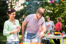 How To Throw A Backyard Party Ehlinger Lawn Service How To Throw The Ultimate Backyard Party