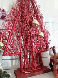 christmas craft with kids pine cone centrepiece recycled interiors