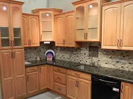 oak cabinets cabinet wood finish feature oak designer cabinets granite tile
