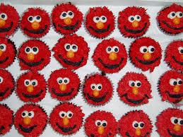 elmo cupcakes desert survivor desert boy s elmo cupcakes