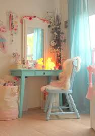 Kid Vanity Table And Chair Little Girls Bedroom Decorating With Light Room Colors And Fabrics