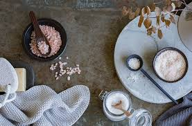 epsom salt vs table salt dead sea salt vs epsom salt which bath salt is best suited to you