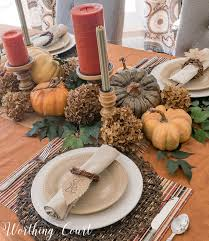 how to make a thanksgiving table special using everyday dinnerware