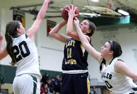 gloucester basketball gets going in middle quarters downs