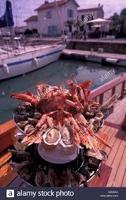 cuisine de r黐e europe ile de re st martin plate of seafood fruits de