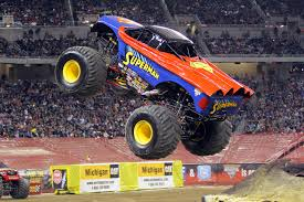monster trucks jam videos monster trucks hit uae this weekend video motoring middle east