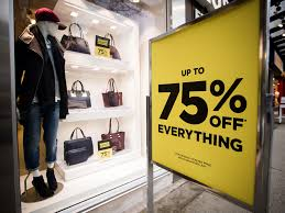 danier leather outlet danier leather starts closing sales at 76 stores across canada