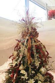 Decorate Christmas Tree With Bows by 19 Best Images About Christmas Tree Ornament Decor On Pinterest