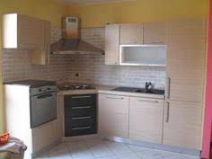cucine con piano cottura ad angolo arredamento per cucine di piccole dimensioni arredo cucine