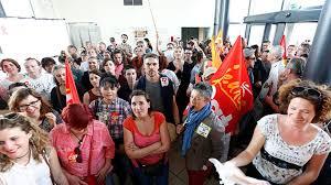 siege adapei manifestation tendue à l adapei 79 300 à 400 salariés envahissent
