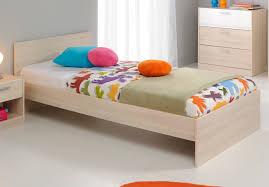 chambre acacia lit enfant contemporain acacia blanc comix lit chevet enfant