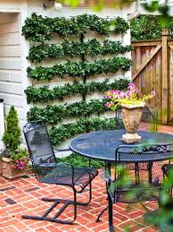 small backyard landscapes small backyard landscape ideas small