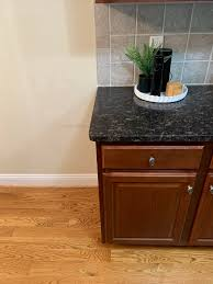 what color flooring looks with cabinets what color style hardwood floor goes with these cabinets