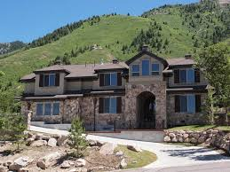 vacation homes in 9 bedroom luxury vacation and executive home in millcreek ut near