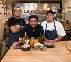 Comfort Chef Top Restaurants On Maui Talk About Comfort Food Mauitime Annual