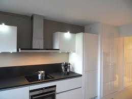 couleur mur cuisine blanche quelle couleur de credence pour cuisine blanche newsindo co