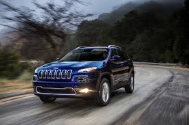 muddy jeep cherokee jeep cherokee go anywhere crossover get off the road groovecar