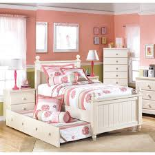 cottage retreat bedroom set signature design ashley cottage retreat cream poster bed set cottage