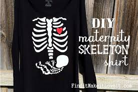 pregnant halloween shirt diy maternity skeleton shirt find it make it love it