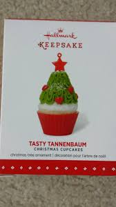 hallmark qx9177 tasty tannenbaum cupcake ornament ebay