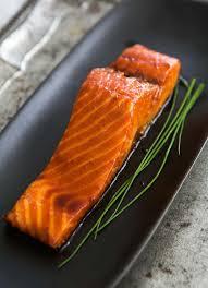 saké de cuisine sake glazed salmon recipe simplyrecipes com