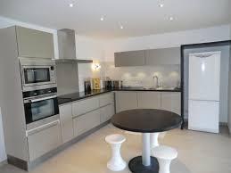 meuble cuisine gris clair meuble de cuisine gris anthracite 5 indogate cuisine noyer gris