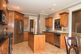 kitchen paint with maple cabinets 10 kitchen paint colors with maple cabinets photos