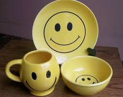 Smiley Face Vase 38 Best Smiley Faces And Pottery Images On Pinterest Smiley