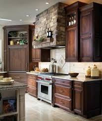 meuble cuisine bois brut meuble de cuisine bois massif conseils pour repeindre cuisine en