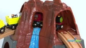 imaginarium classic train table with roundhouse skn 832561 classic train table round house pt youtube