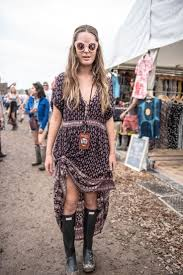 festival hair and boho looks to feel the vibes hairstyles 269 best festival fashion images on pinterest festival