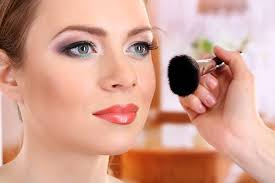 makeup school in major factors to consider when choosing a makeup school in mississauga