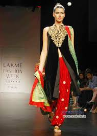 latest trend in indian traditional dresses stylebees com