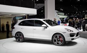 2014 porsche cayenne turbo s price 2014 porsche cayenne turbo s pictures photo gallery car and driver